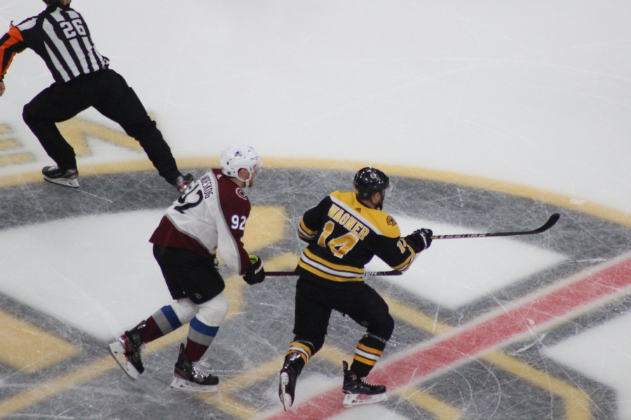 Avalanche Topple Bruins 4-1