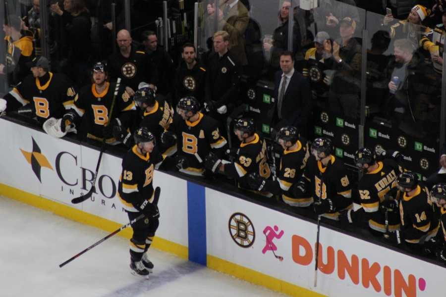 Strong Second Period Propels Boston Past Arizona