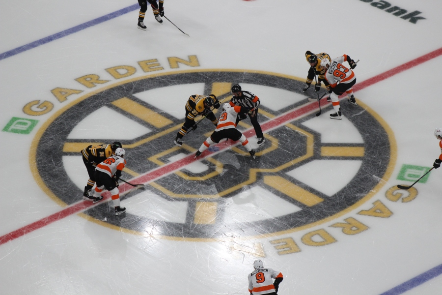 Bruins Outlast Flyers in Shoot-Out