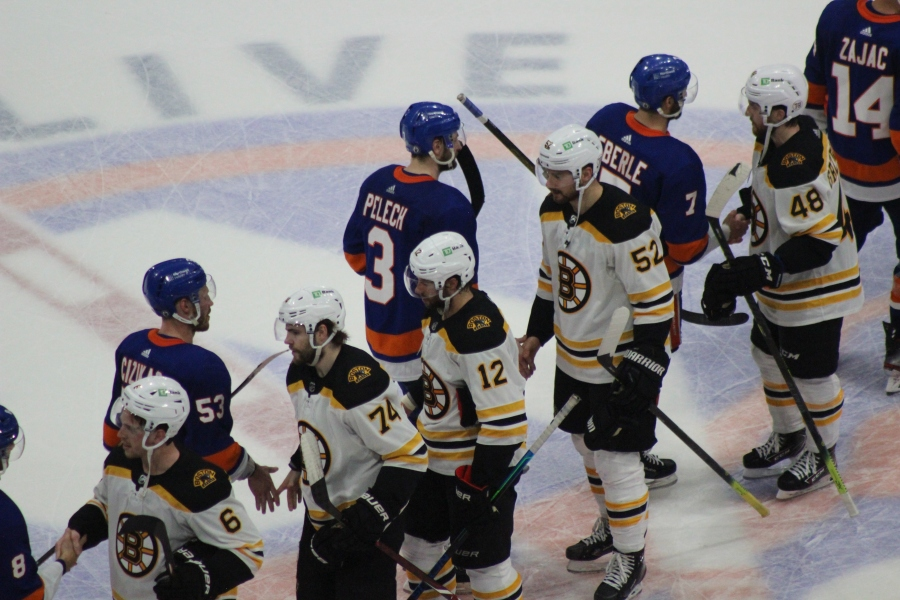 Islanders Rout Bruins to Advance to ConferenceFinals